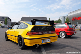Yellow Honda CRX EF8 with Schneider F1 Wing at the EE-Meeting