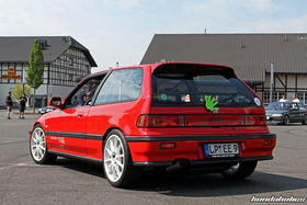 Red Honda Civic EF9 Turbo from behind at the EE-Meeting