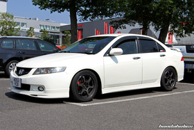White Acura TSX at the EE-Meeting