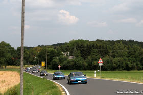 A group of Honda CRX EF8 drives on a Highway
