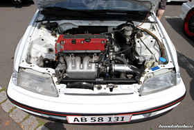 K20 Swap in a white Honda Civic EF9