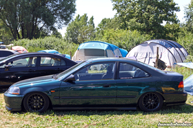 Green stance Civic Coupe at the Hondapower-Meet