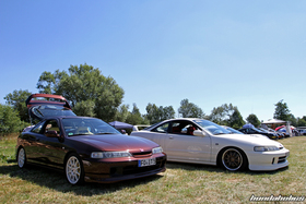 Brown and white JDM Integra DC2 at the Hondapower-Meet
