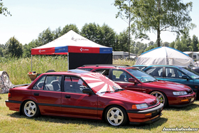 Side View of a red Civic Limousine ED4 at the Hondapower-Meet