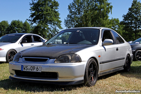 Silver Honda Civic Coupe with Carbon Hood
