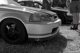 Black and white photo of a Civic with Rota Slipstream