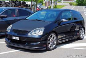 Seitenansicht eines schwarzen Honda Civic Type R EP Facelift