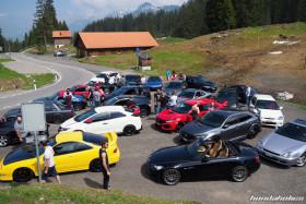 Verschiedene Honda auf der Ibergeregg-Passhöhe