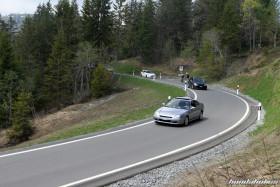 Silberner Honda Prelude BB8 auf einer Passstrasse