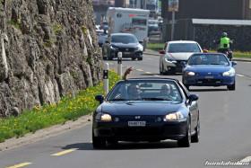 Zwei Honda CRX Targa EG2 hintereinander auf der Landstrasse